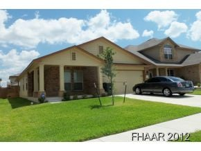DR Horton Rosewood floor plan. This open plan offers three