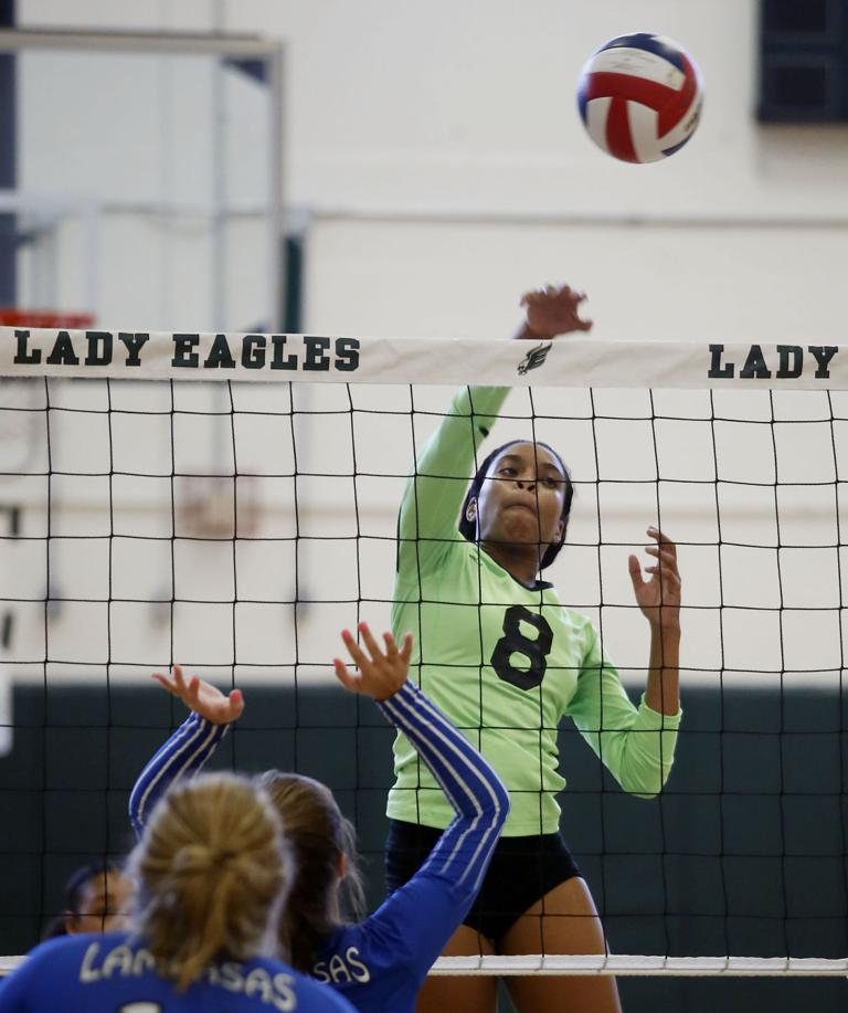 VOLLEYBALL: Diverse attack leads Ellison over Lampasas