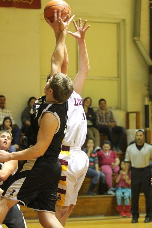 LometaEvantBOYSBasketball27.jpg