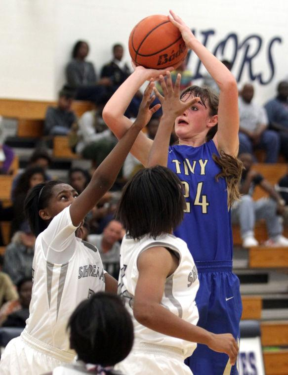 ShoemakerKerrvilleTivyBasketball 019.JPG
