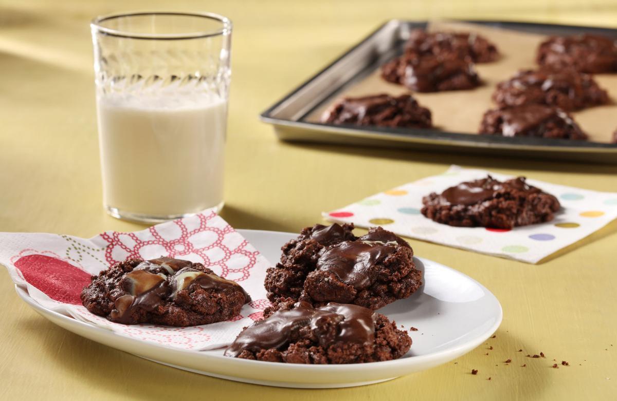 FOOD CHOCOLATE-MINT-COOKIES TB