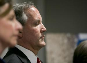 Texas Attorney General Ken Paxton hangs on politically as criminal trial looms