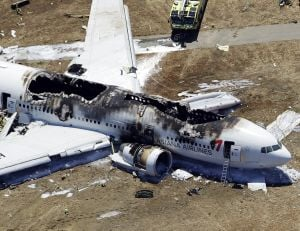 Airplane crashes in San Francisco