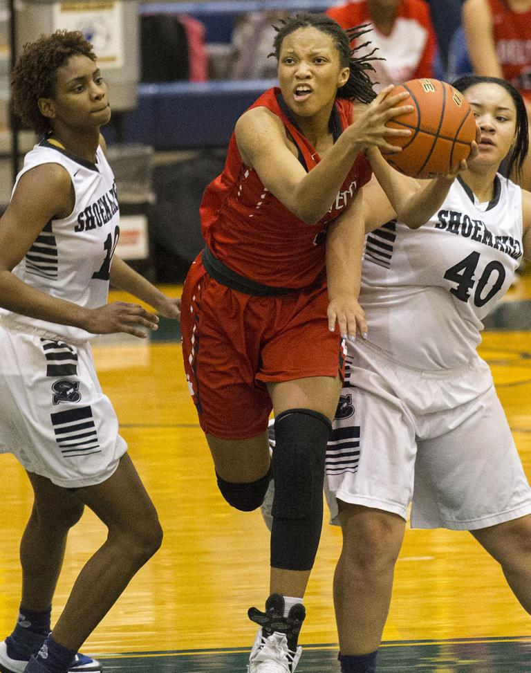 8-6A GIRLS BASKETBALL: Shoemaker holds off late Belton rally to grab final playoff spot