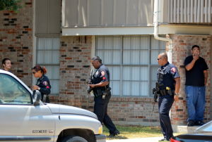Police respond to apartment complex