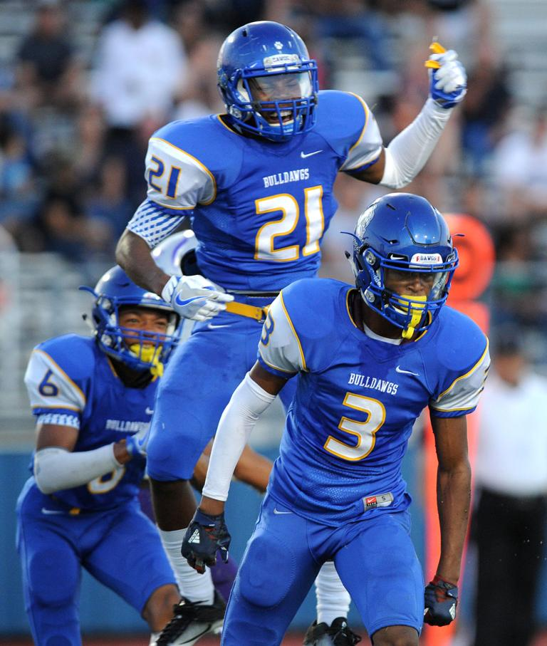 FOOTBALL: Dawgs get strong test with Garland Sachse