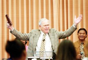 After spending last 25 years as pastor in area, Buchanan preparing to retire