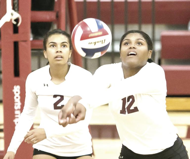 Lady Roos sweep Salado
