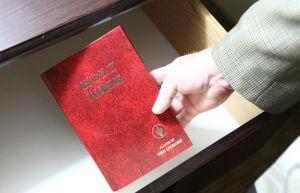 Guideon Bible Distribution