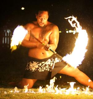 Fort Hood holds Luau party