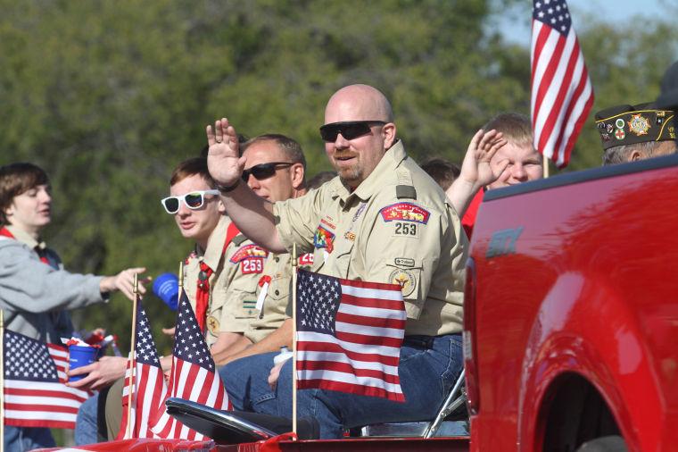 Cove Veterans Day Parade 44.jpg