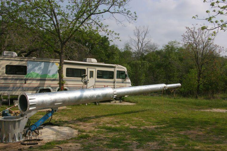 Wind turbine grounded