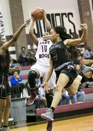cedar hill girls Cedar hill high school offers a total of 20 sports for students in grades 9-12 there are 10 boys sports and 10 girls sports and currently over 900 students participants on these freshman, junior varsity or varsity longhorns and lady longhorn athletic teams.