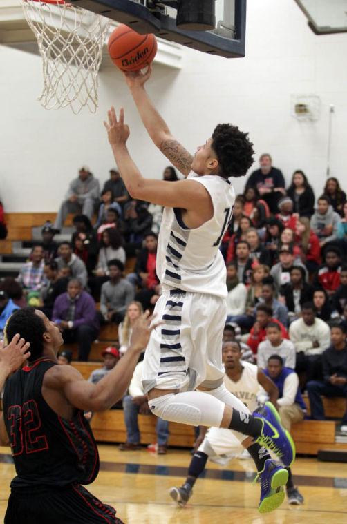 Basketball Boys Shoemaker  V Harker Heights037.JPG