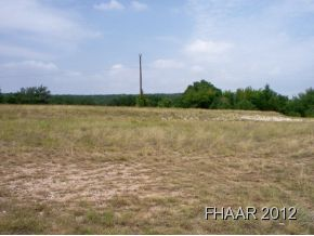 Gorgeous 102 raw acres of ranch land w/ water. Only