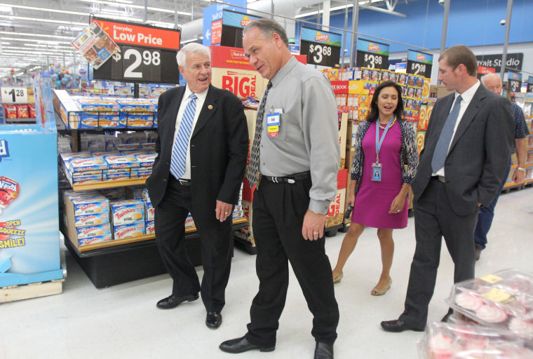 Carter Visits Walmart