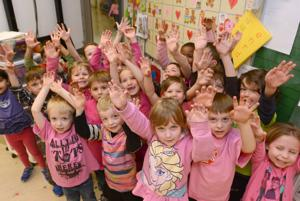Casorso Elementary celebrates Pink Shirt Day