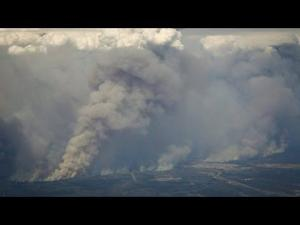 Raw Video: An aerial look at Fort McMurray wildfires