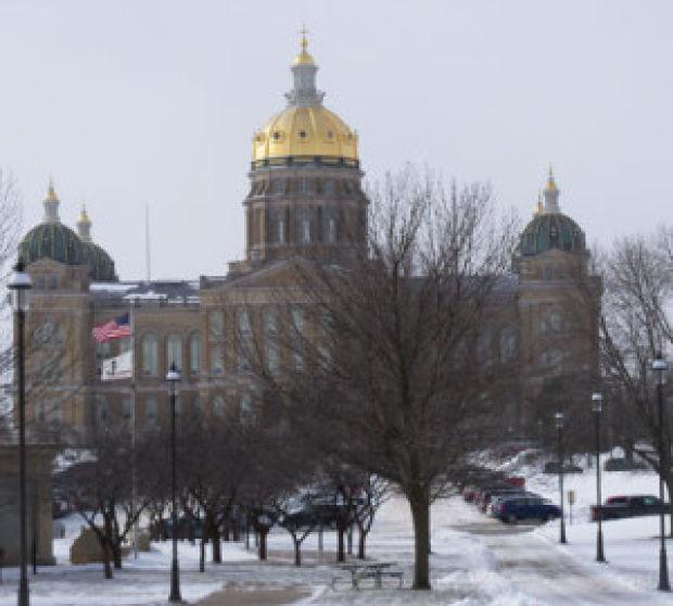 School start date, state aid still stalled at Statehouse