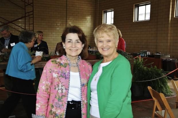 Linda Legg, Sue Eager