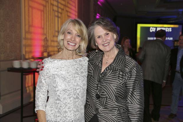 Judy Goodman, Elizabeth Robb