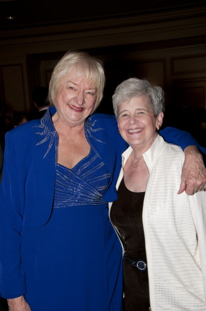 Jane Arneson, Kay Wunder