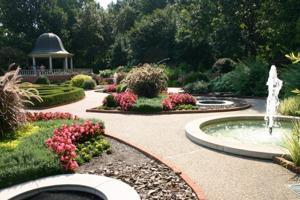 MoBot Boxwood Garden