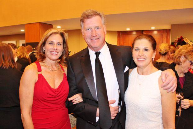 Norene Bennett, Linda and Bob Bennett