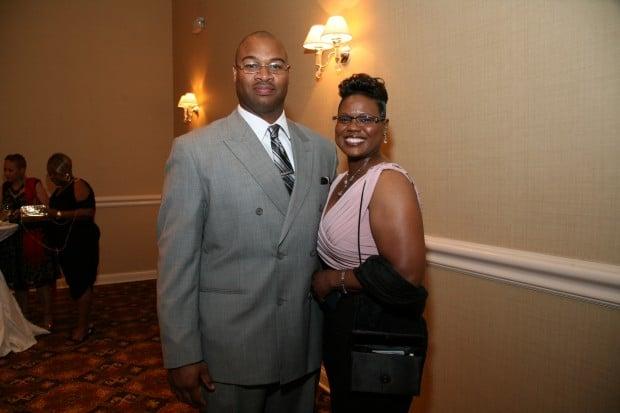 Kwabena Woods, Leslie Green