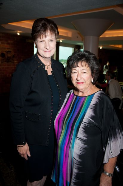 Debra Hollingsworth, Nancy Kranzberg