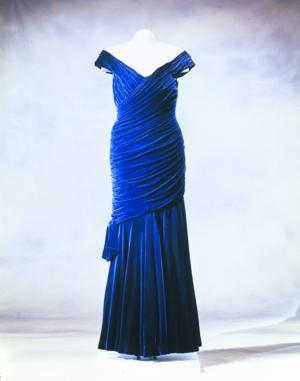 Dress79_3.jpg