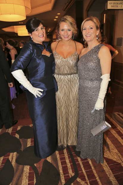 Laura McBride, Olivia Waidmann, Beth Lenke