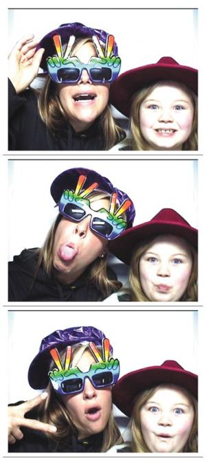 party2_photobth_0309.jpg