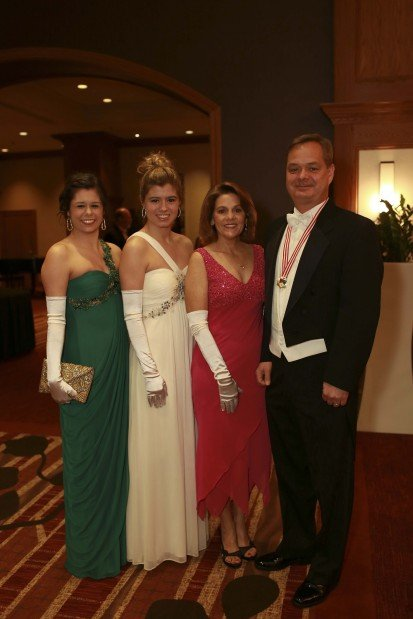 Kara, Meredith, Lisa and Tim Hill