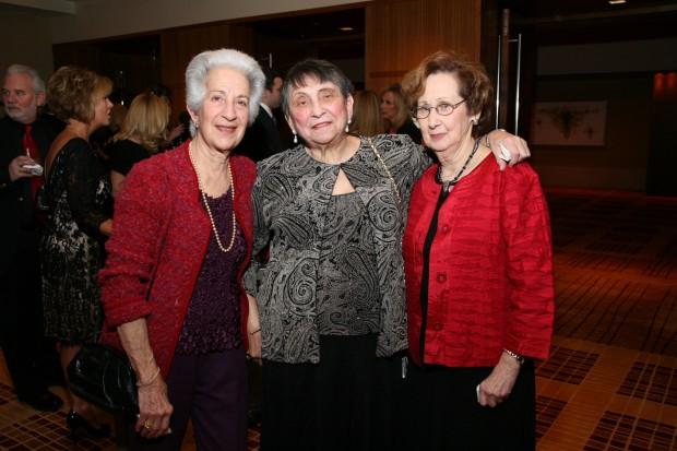 Barbara Mange, Claire Jacobs, Rosalie Franklin