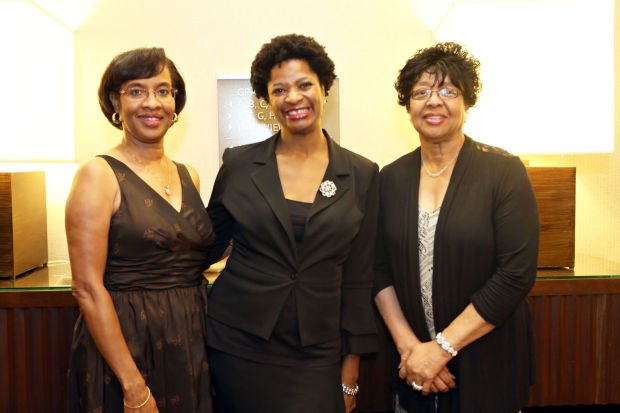 Vanessa Glenn, Tracy King, Dorothy Buchanan