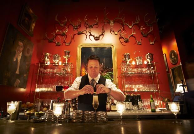 1 Bar Les Freres.jpg