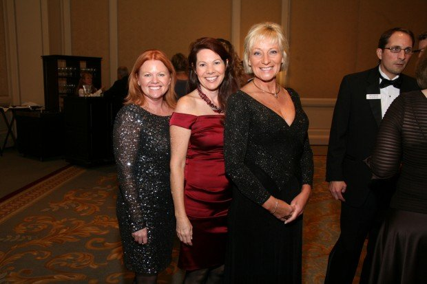 Donna Mellinger, Diane Barone, Lyndee Downs