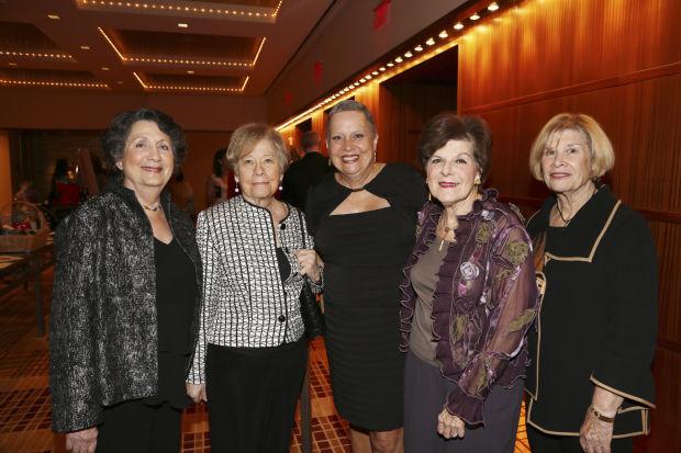 Pat Mendel, LouAnne Winters, Jan Hite, Ruth Sobel, Audrey Shanfeld