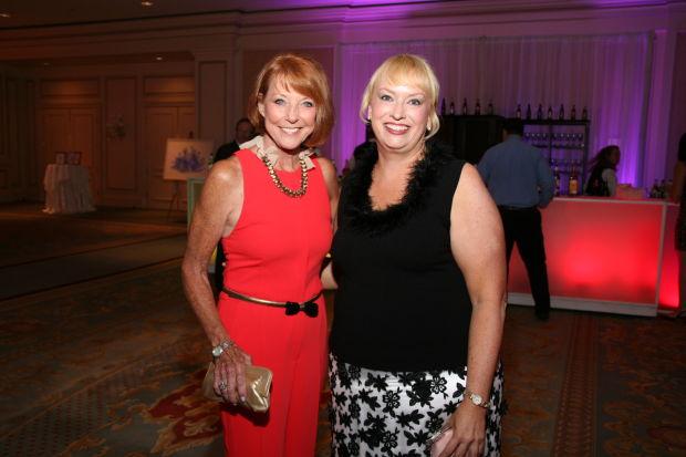 Kathy Leonard, Donna Heckler
