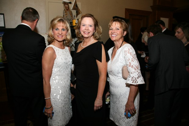 Robyn Pilliod, Ginger Eichhorn, Laura Eaker