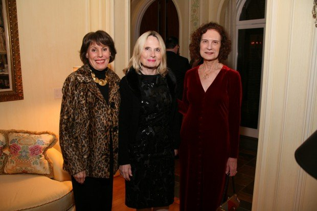 Marylen Mann, Baerbel Schiller, Nancy Dilley
