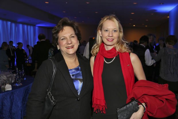 Judy Abrams, Julie Green