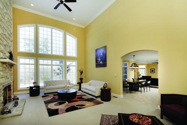 33 Chapel Hill Estates-GreatRm-2.jpg
