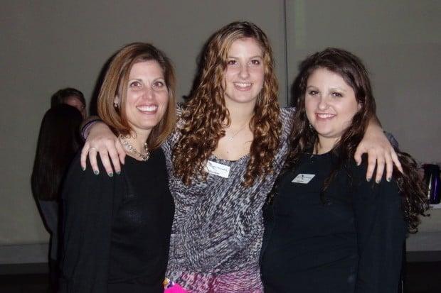 Roberta, Aliza and Jessica Gartenberg