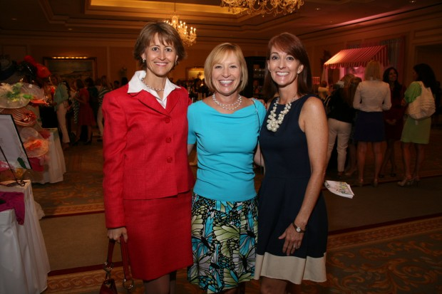 Linda Pietroburgo, Mary Gentsch, Shelly Baizer