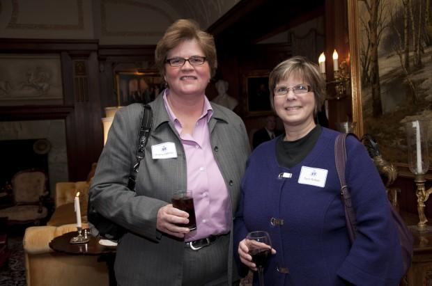 Donna Janhke, Terri Reber