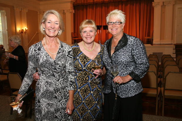 Carolyn Farrell, Mary Meyer, Cynthia Verseman