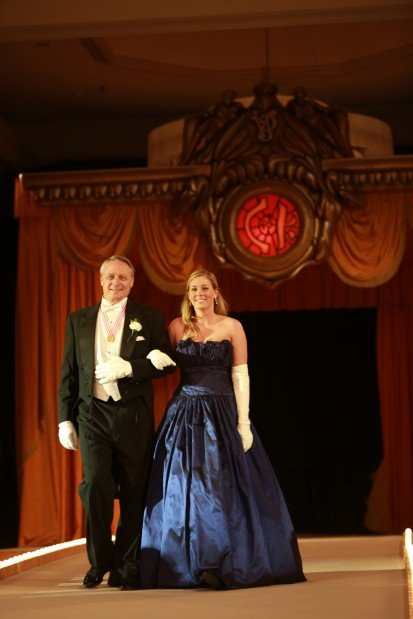 Kelly Elizabeth Ashmore, daughter of Mr. and Mrs. Craig Ashmore, escorted by John Boldt