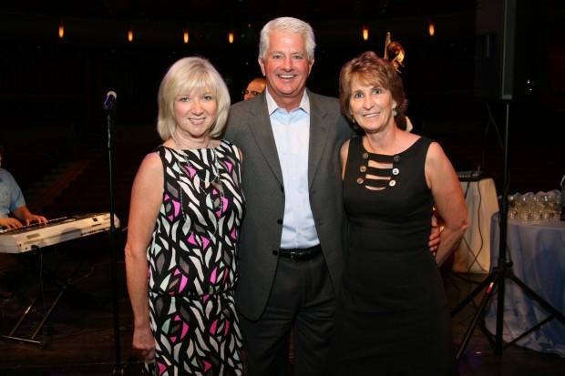 Andrea and Steve Luebbert, Lynne Horsfield